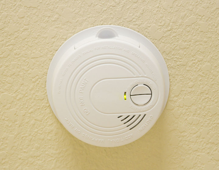 the different types of smoke alarms, home maintenance repairs