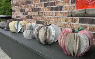 awesome seasonal decor from discarded books, crafts, repurposing upcycling, seasonal holiday decor