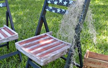 DIY Americana Chairs With Decoupage