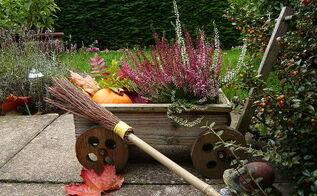 fall porch patio decor idea, gardening