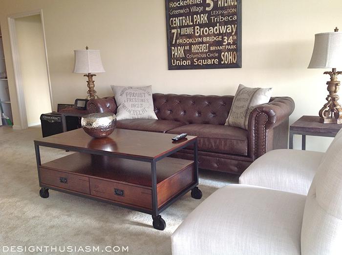 https://cdn-fastly.hometalk.com/media/2014/09/12/944354/home-decor-apartment-young-man-home-decor-living-room-ideas.jpg?size=786x922&nocrop=1