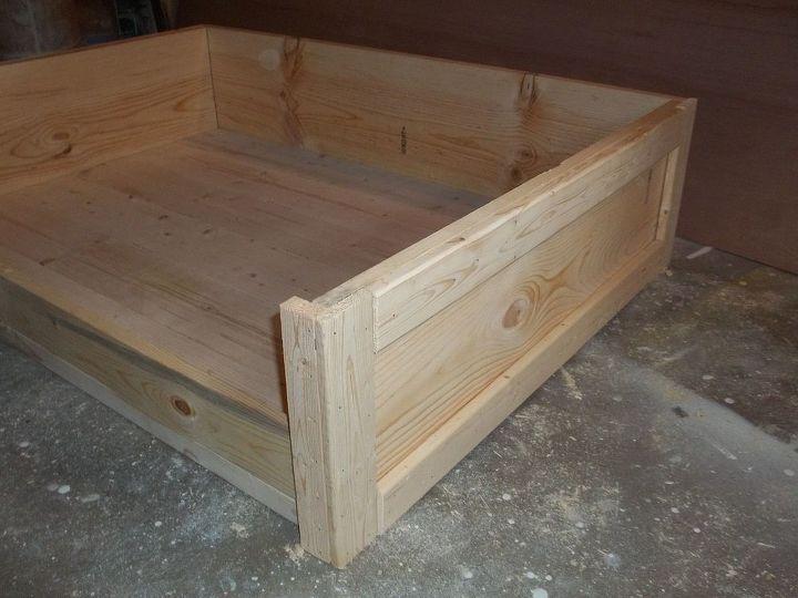 Excellent DIY Large Wooden Dog Bed | Hometalk HA38