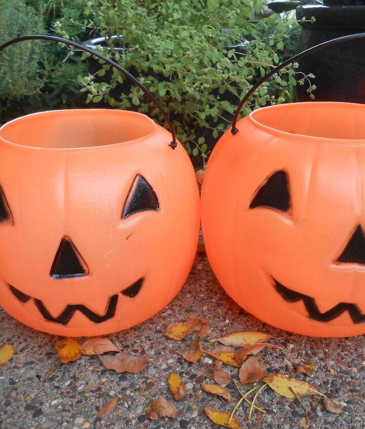 diy concrete pumpkin planter candy buckets, concrete masonry, container gardening, diy, gardening, repurposing upcycling