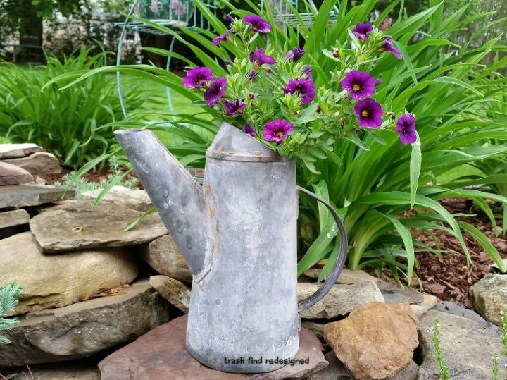 MY GALVANIZED CAN FLOWERS