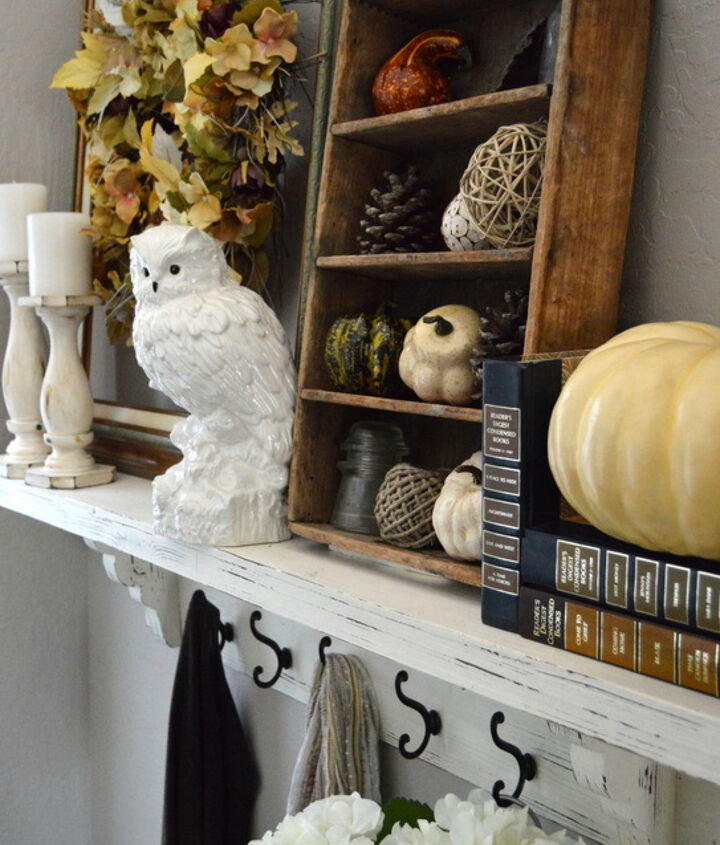 rustic chic fall entryway makeover, foyer, rustic furniture, seasonal holiday decor