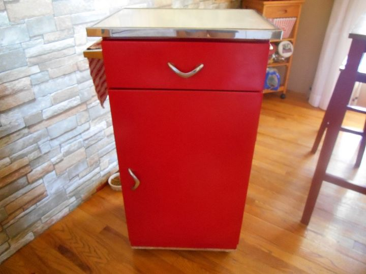 from hot mess to red hot, painted furniture