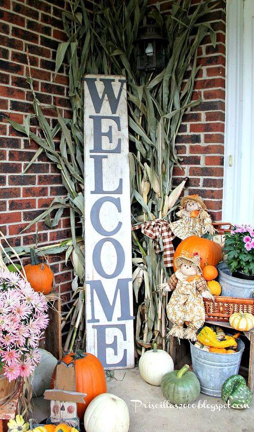 fall pumpkins front porch display, porches, seasonal holiday decor
