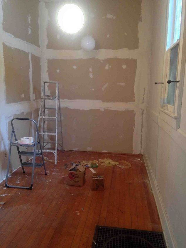 q painting walls room color suggestions, bedroom ideas, paint colors, painting, Guest Bedroom