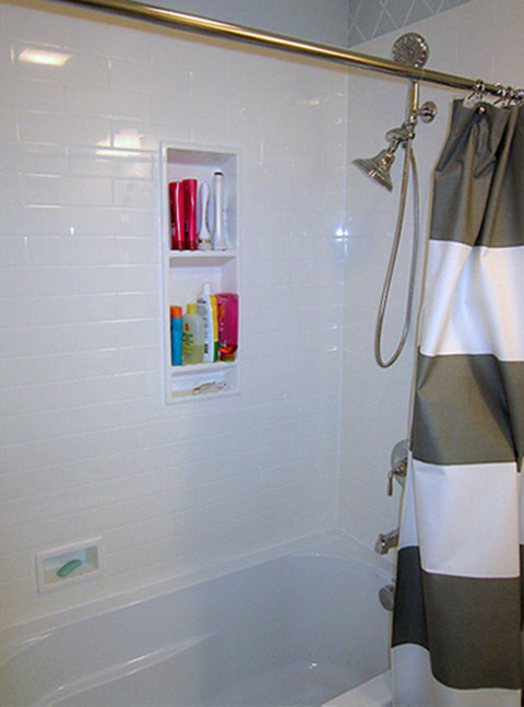 How To Replace Tub Surround - Round Designs