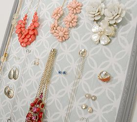 Old Picture Frame Turned Jewelry Organizer Hometalk