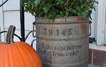gardening rusty bucket planter, crafts, gardening, repurposing upcycling
