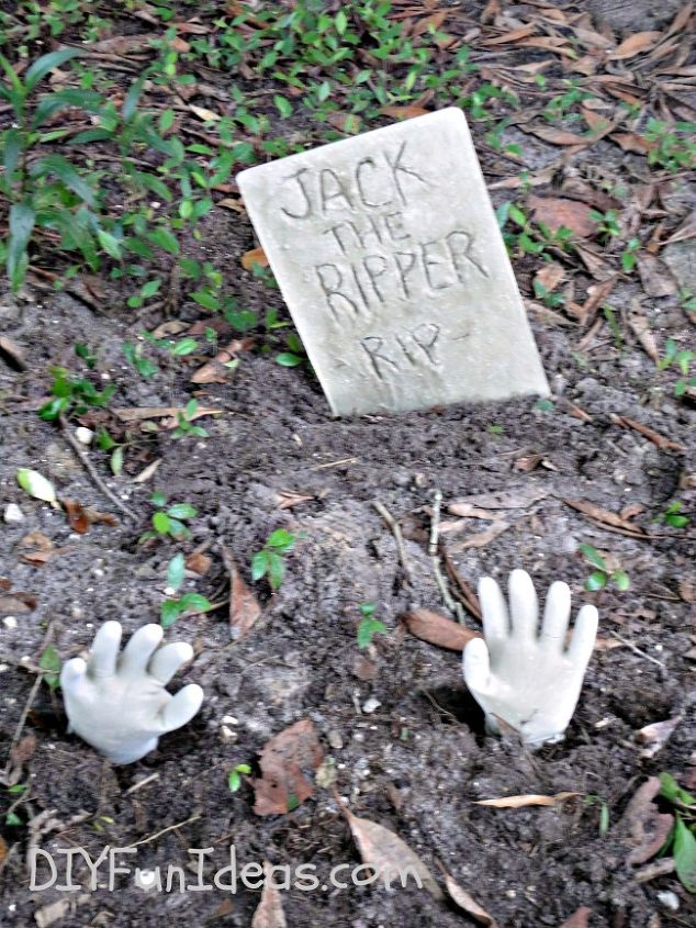 halloween decorations craft concrete tombstones fast, concrete masonry, crafts, halloween decorations, seasonal holiday decor