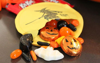 """Halloween """"Witch in the Moon"""" Treat Packs"""