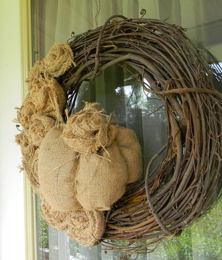 burlap fall wreath, crafts, seasonal holiday decor, wreaths