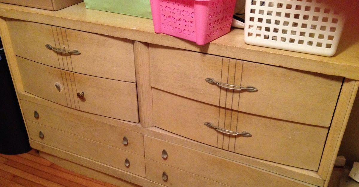 What should I do with this great old vintage 50\'s bedroom ...