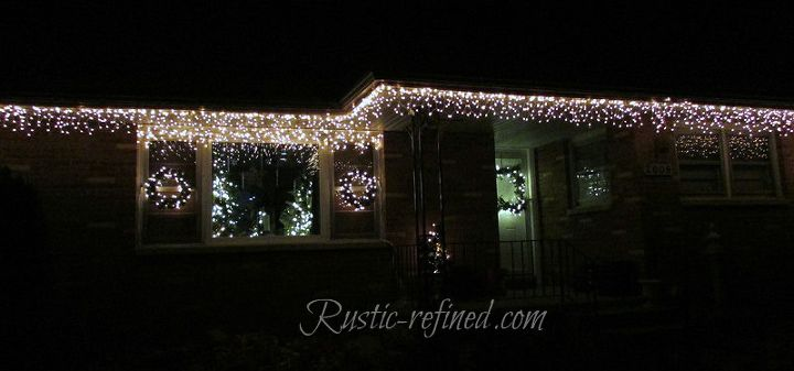 How To Hang Outdoor Holiday Lights Quickly Christmas Decorations Diy