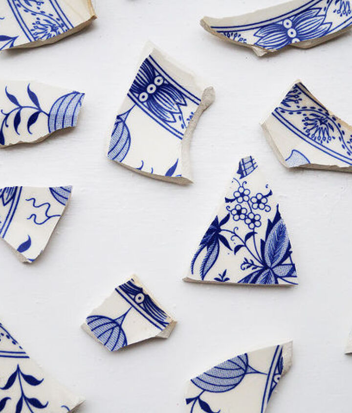 how to make broken plate fridge magnets, crafts, home decor, repurposing upcycling
