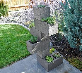 How To Make Cinder Block Vertical Planter, Container Gardening, Diy,  Gardening, Repurposing