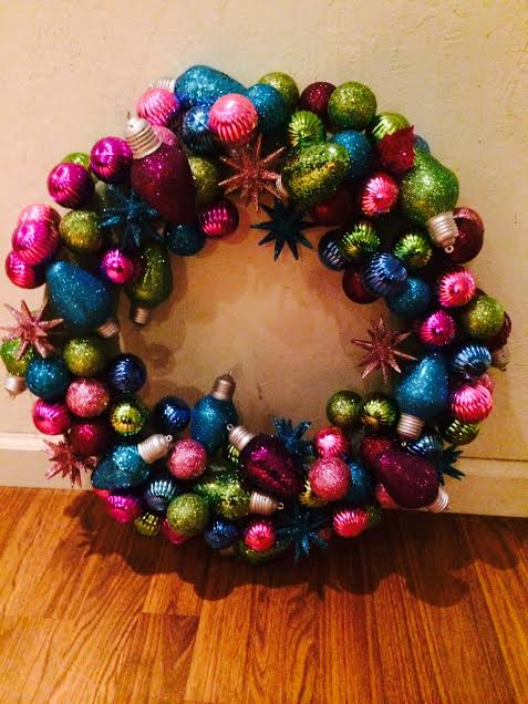 how to make a christmas bulb wreath christmas decorations crafts how to