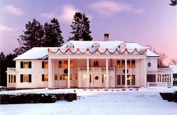 christmas decor ideas from new england inn, christmas decorations, seasonal holiday decor