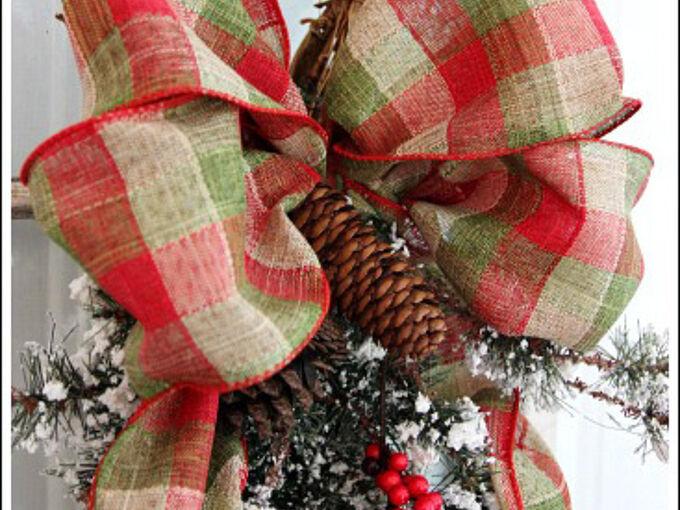 how to make a christmas bow decor craft, christmas decorations, how to, seasonal holiday decor