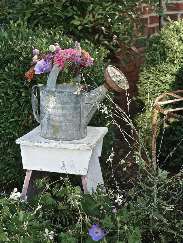 fall front porch idea, doors, flowers, gardening, perennial