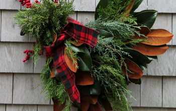 DIY Holiday Chicken Wreath