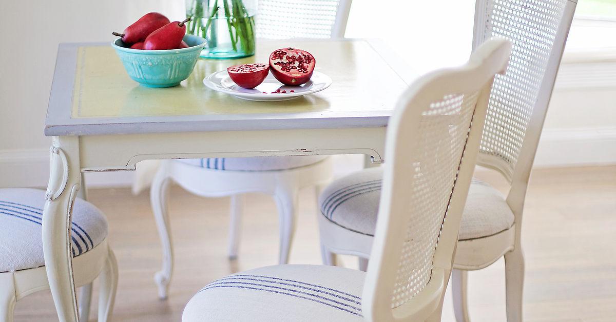 craigslist table and chairs makeover hometalk. Black Bedroom Furniture Sets. Home Design Ideas