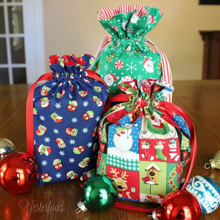 Mason Jar Christmas Decorations: How To Make Holiday Mason Jar Gift Bags