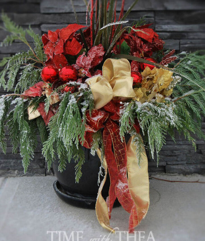 how to make an outdoor christmas arrangement for the garden, christmas decorations, container gardening, how to, seasonal holiday decor