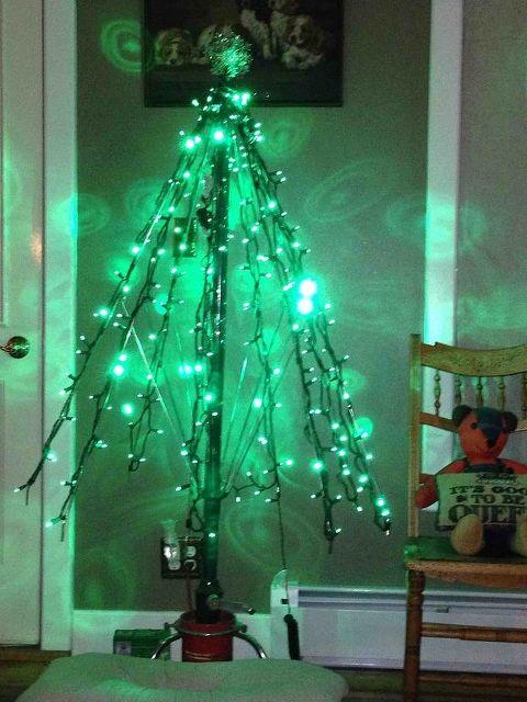 how to make an umbrella tree for christmas christmas decorations repurposing upcycling seasonal - Umbrella Christmas Tree