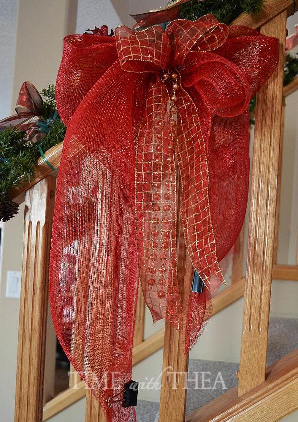 banister decor ideas for christmas, christmas decorations, crafts, seasonal holiday decor