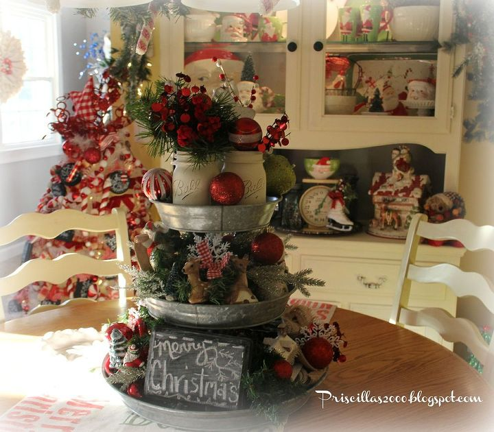 How to make a galvanized tiered tray christmas centerpiece for Country kitchen table centerpiece ideas