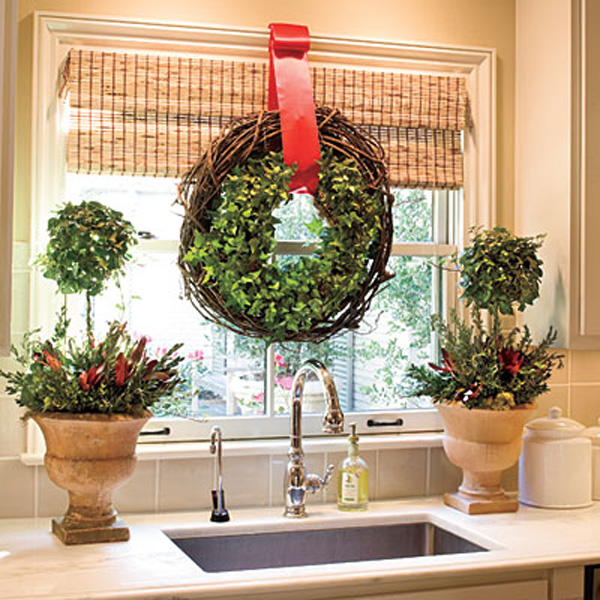 Deck The Windows For The Holidays   Hometalk