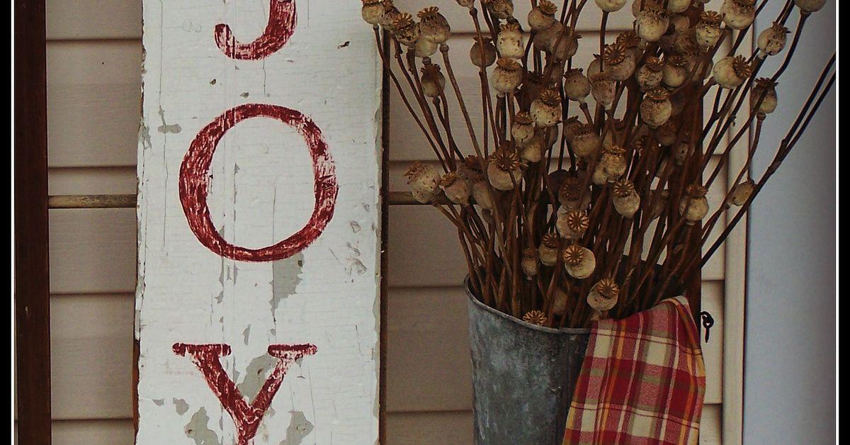 How To Create A Rustic Christmas Joy Sign | Hometalk
