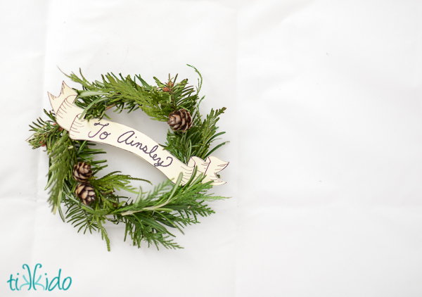 miniature christmas wreath and free printable victorian banners christmas decorations crafts wreaths - Small Christmas Wreaths