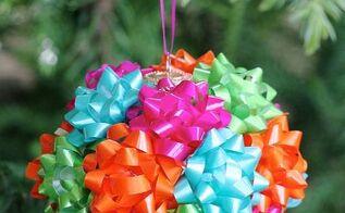 mini gift bow ornament, christmas decorations, crafts, repurposing upcycling, seasonal holiday decor