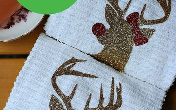 Handmade Hostess Christmas Gift Idea- Mr. and Mrs. Rudolph Towels
