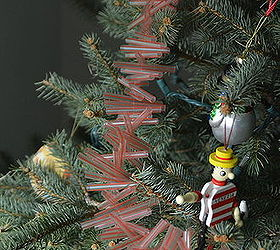 how to make christmas garland out of drinking straws christmas decorations crafts repurposing