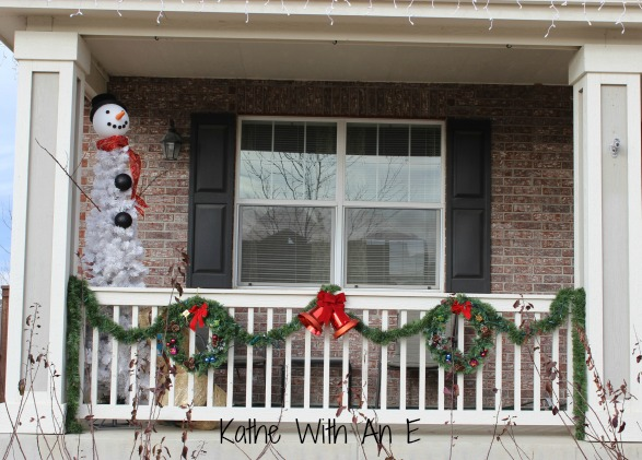 front porch christmas decor and how to make a snowman tree christmas decorations home - Ideas For Front Porch Christmas Decorating