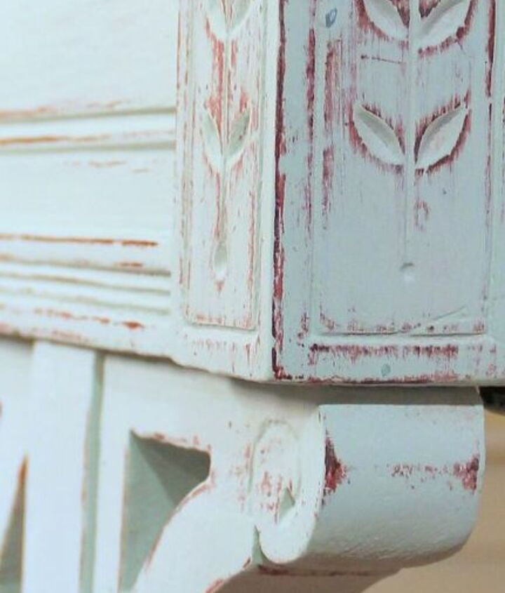 update idea with chalk paint for an old carved desk, chalk paint, painted furniture