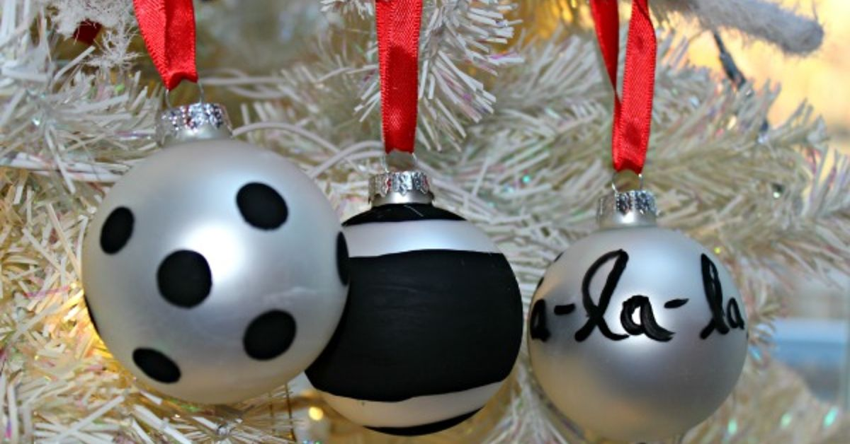 Kate Spade inspired Christmas ornament how to | Hometalk