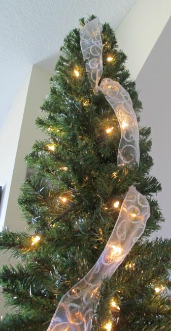 how to hang ribbon on a christmas tree, christmas decorations, how to,  seasonal - How To Hang Ribbon On A Christmas Tree Hometalk