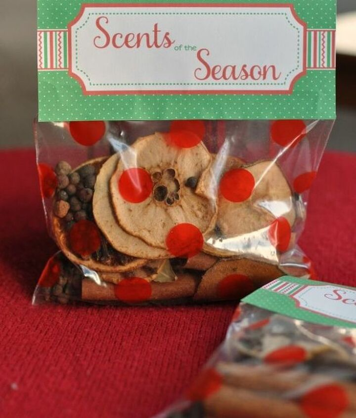 diy dried fruit potpourri the perfect gift, crafts, seasonal holiday decor