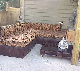 Outdoor Pallet Sectional, Diy, Outdoor Furniture, Outdoor Living, Pallet,  Reupholster,
