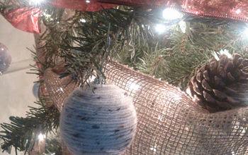 how to make easy christmas yarn ornaments, christmas decorations, crafts, repurposing upcycling, seasonal holiday decor