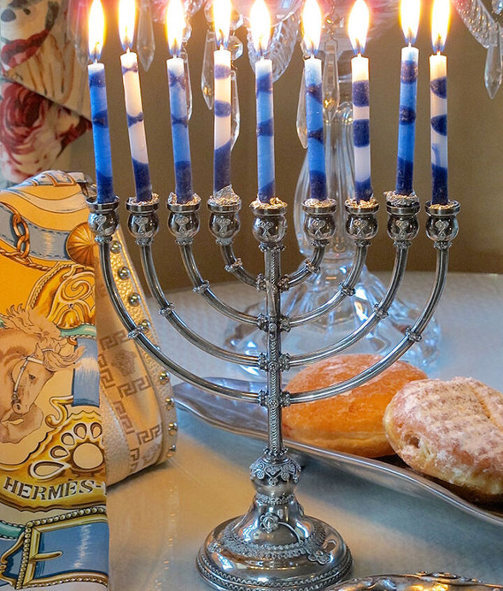 hanukkah table decor in blue, crafts, seasonal holiday decor