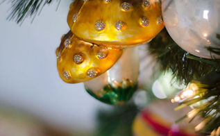 pretty christmas tree, christmas decorations, seasonal holiday decor