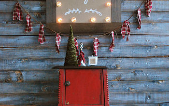 DIY Christmas Marquee Sign With Clear Ornaments