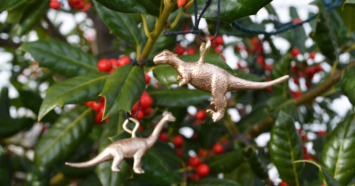 diy gold dinosaur ornaments hometalk - Dinosaur Christmas Decorations